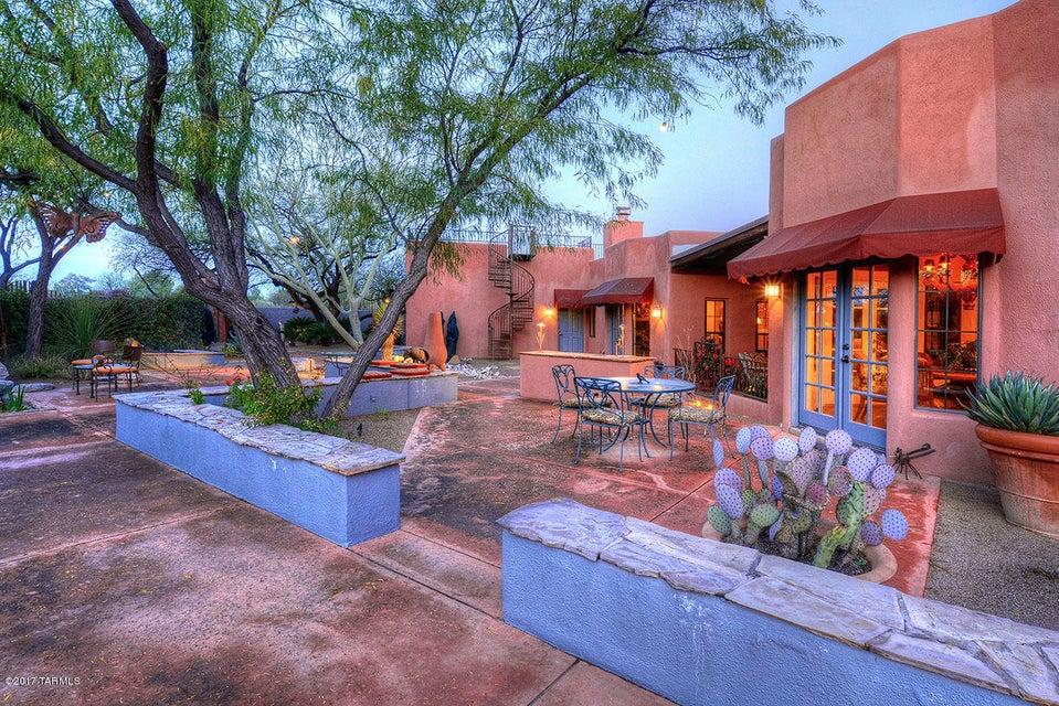 5711 E Fort Lowell Road, Tucson, AZ 85712