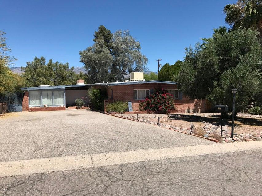 7031 E 3rd Street, Tucson, AZ 85710