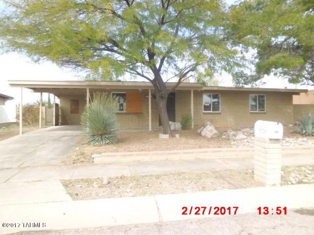 4235 S Queen Palm Drive, Tucson, AZ 85730