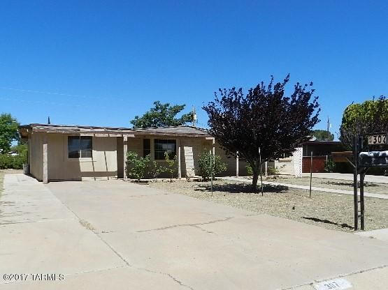 307 Dragoon Street, Huachuca City, AZ 85616