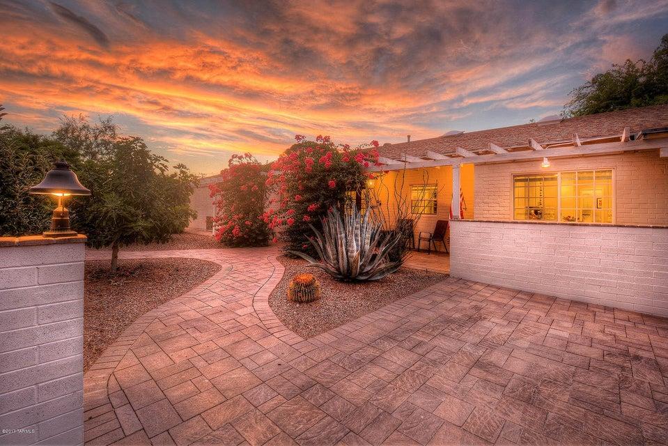 2315 E Elm Street, Tucson, AZ 85719