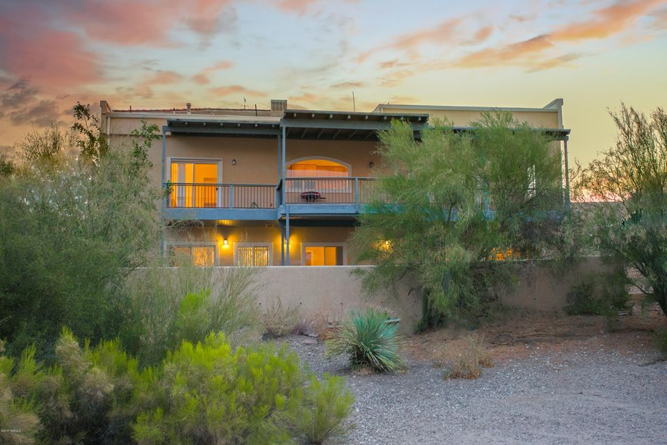 5280 N Swan Road, Tucson, AZ 85718
