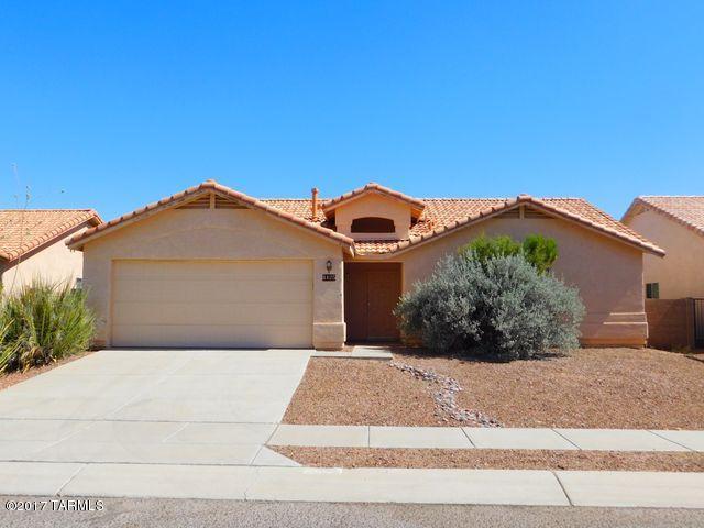 8125 E Smooth Sumac Lane, Tucson, AZ 85710