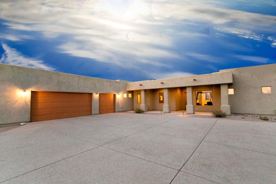 9378 S Mountain Creek Ranch Road, Vail, AZ 85641