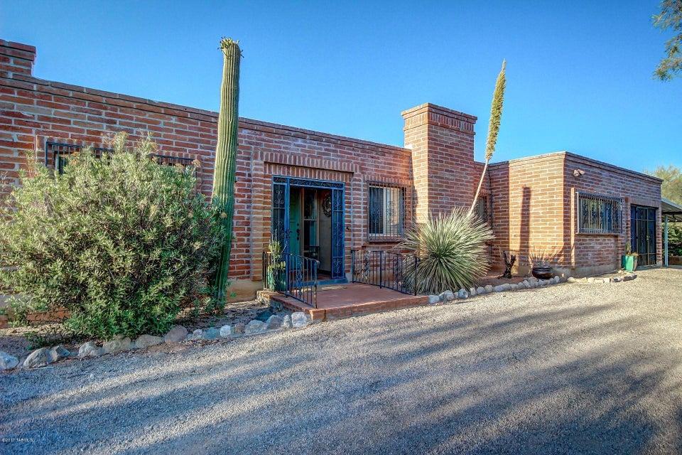 4421 E Cerrada Del Charro, Tucson, AZ 85718