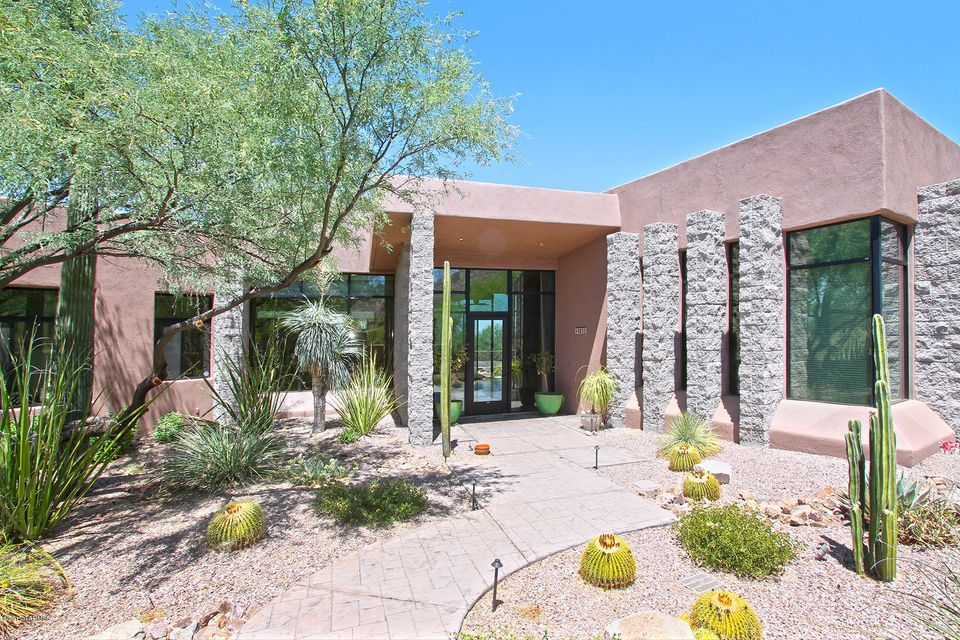 3835 N Whiptail Wash Place, Tucson, AZ 85749