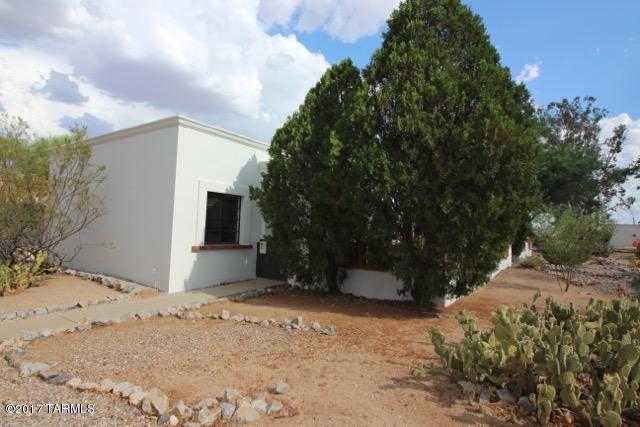 393 S Paseo Cerro A, Green Valley, AZ 85614