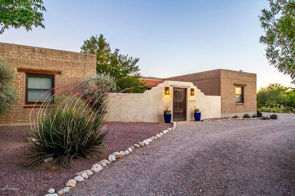 10020 E Snyder Road, Tucson, AZ 85749