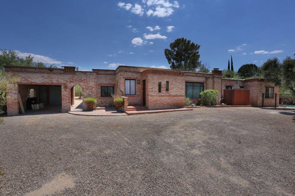 5202 E Fort Lowell Road, Tucson, AZ 85712