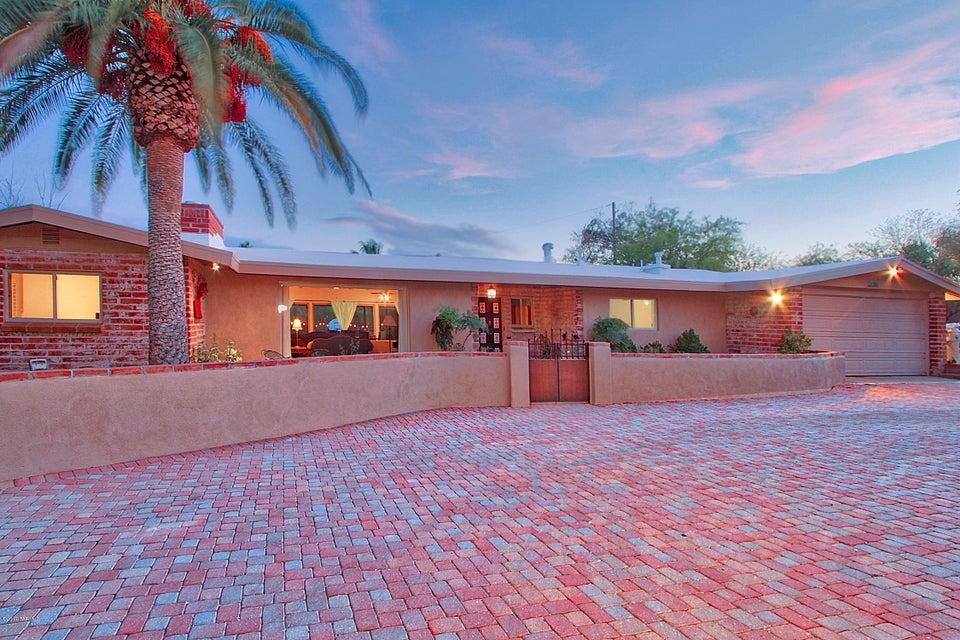 7126 N Skyway Drive, Tucson, AZ 85718