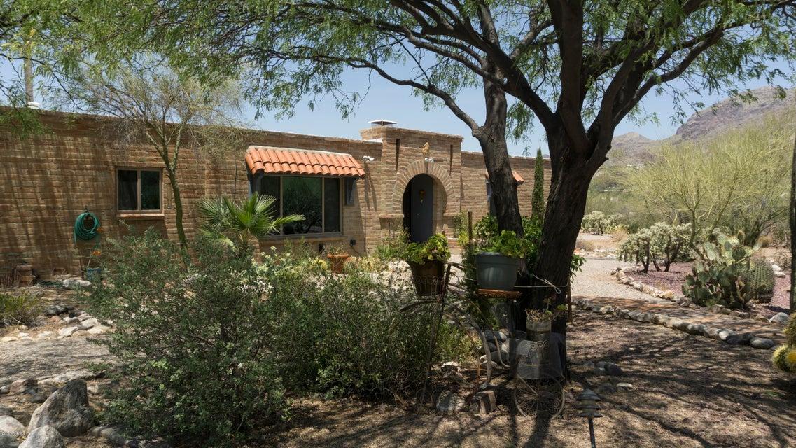 6501 N Pontatoc Road, Tucson, AZ 85718
