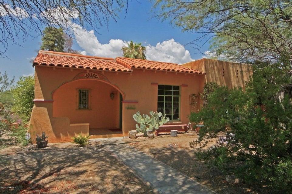 2707 E 8th Street, Tucson, AZ 85716