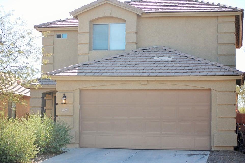 647 W Flaming Arrow Drive, Green Valley, AZ 85614