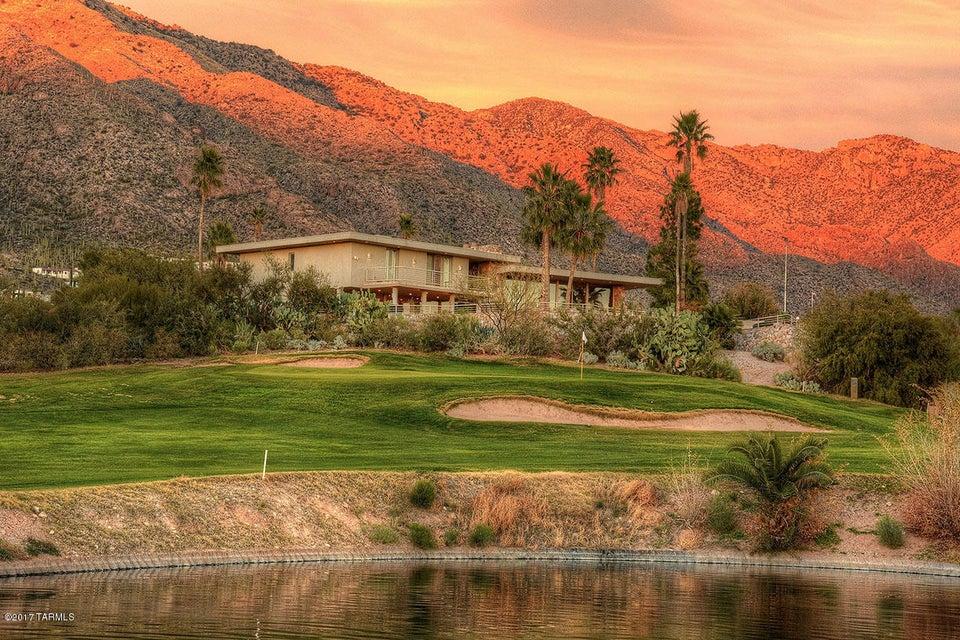 6530 N Saint Andrews Drive, Tucson, AZ 85718