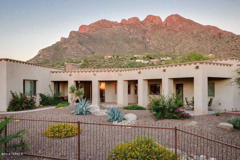 8755 Sunny Slope Drive, Oro Valley, AZ 85704