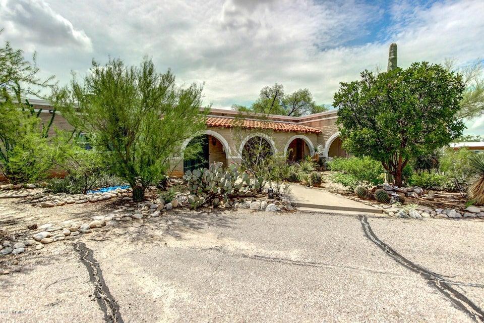6608 N Calle Padre Felipe, Tucson, AZ 85718
