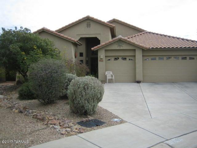 7025 W Lone Flower Drive, Tucson, AZ 85743