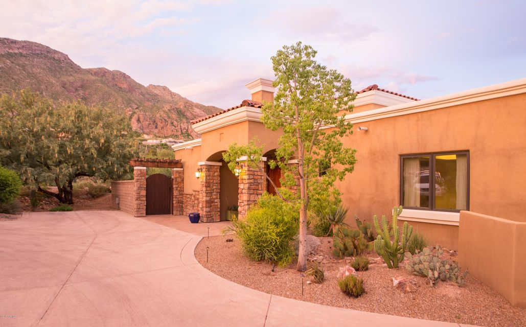 4660 E Quivira Drive, Tucson, AZ 85718