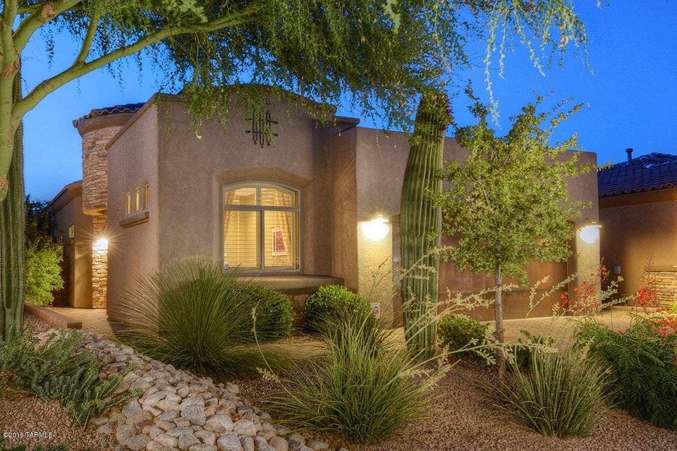 5752 N Loft Lane, Tucson, AZ 85718