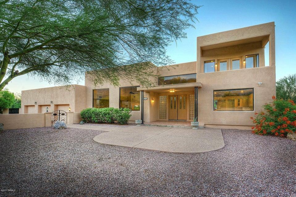 6040 N TOCITO Place, Tucson, AZ 85718