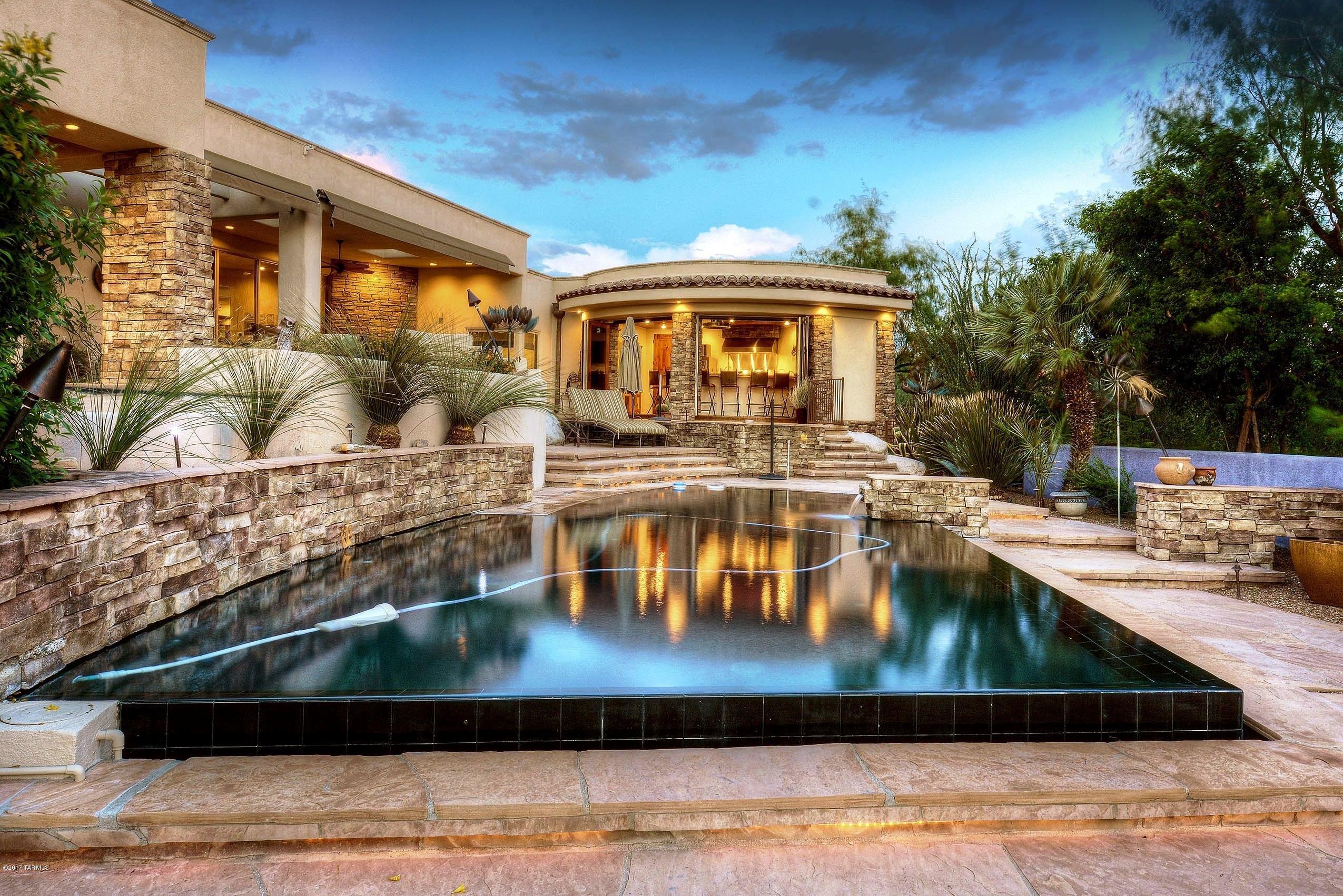5285 N Corte Puesta Del Sol, Tucson, AZ 85718