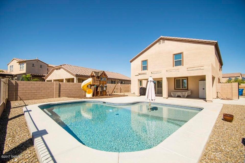13391 N Barlassina Drive, Oro Valley, AZ 85755