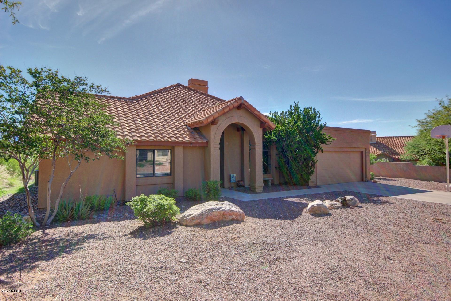 6421 E Calle Cavillo, Tucson, AZ 85750