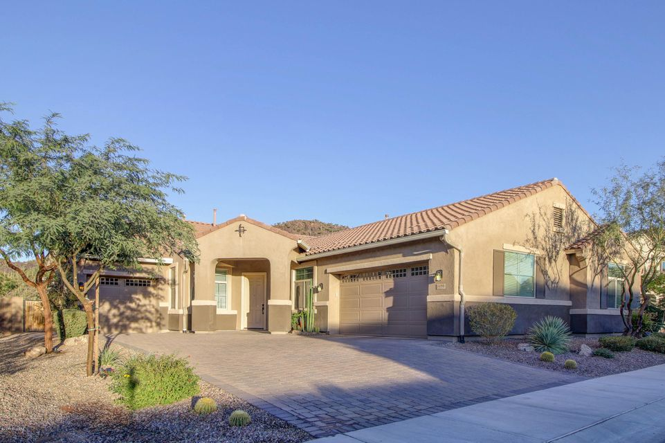 9690 N Saguaro Breeze Way