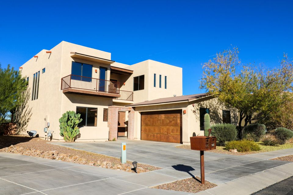 11403 N Moon Ranch Place
