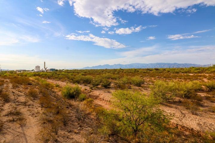 8800 E Old Vail Road Tucson, AZ 85747