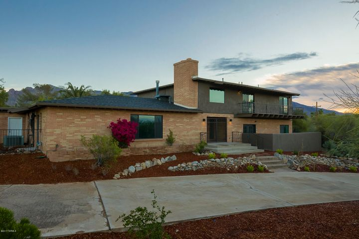 701 E Camino De Los Padres Tucson, AZ 85718