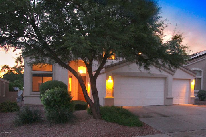 314 W Klinger Canyon Drive Oro Valley, AZ 85755