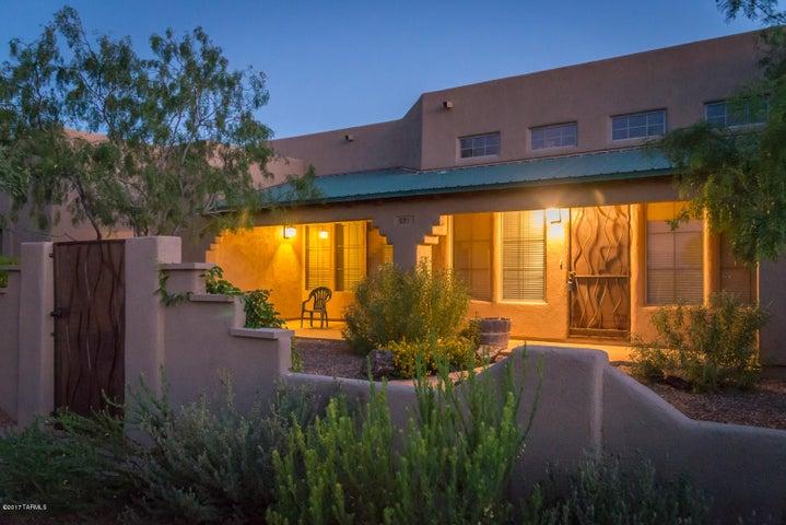 571 N Solar Drive Vail, AZ 85641