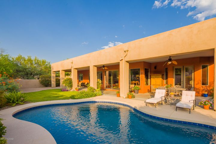 13811 N Javelina Springs Place Oro Valley, AZ 85755
