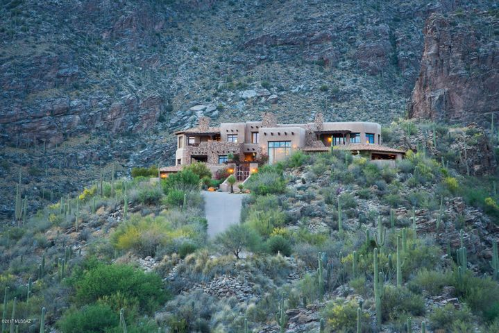6799b N Rattlesnake Canyon Road Tucson, AZ 85750
