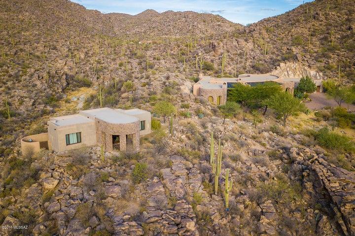13971 N Jims Deadend Place Marana, AZ 85658