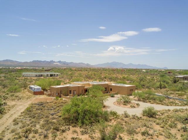 9240 E Sycamore Springs Trail Vail, AZ 85641