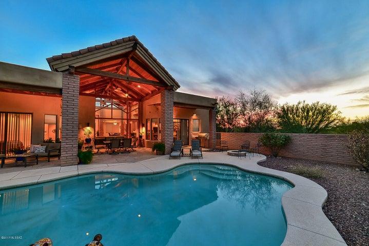 8390 S Triangle R Ranch Place Vail, AZ 85641