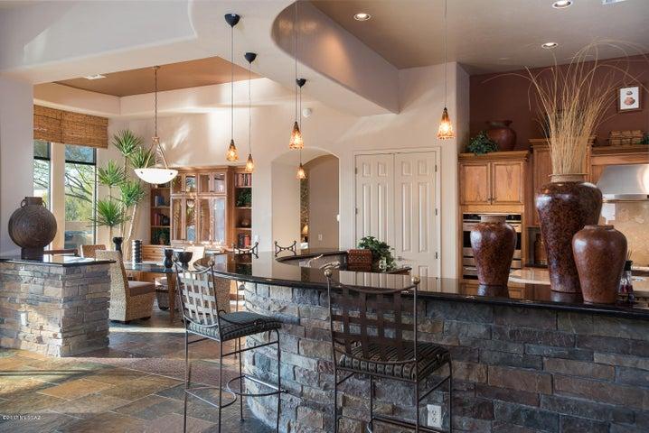 13853 N Steprock Canyon Place Oro Valley, AZ 85755