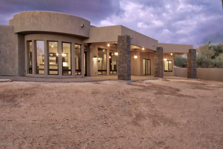 11876 N Vista Del Sol Place Oro Valley, AZ 85742