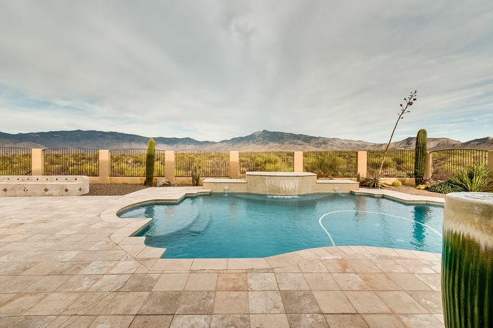 15653 E Old Spanish Trail Vail, AZ 85641