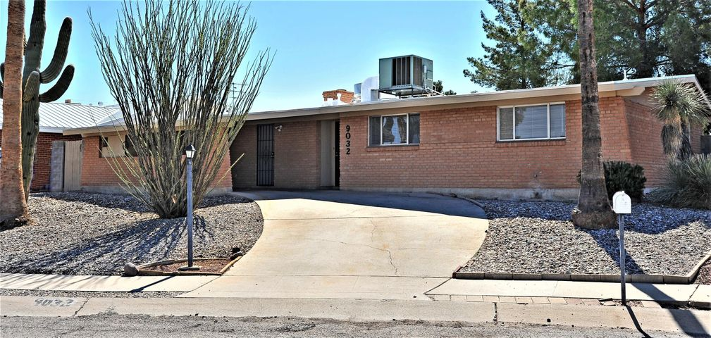 9032 E 31st Place Tucson, AZ 85710