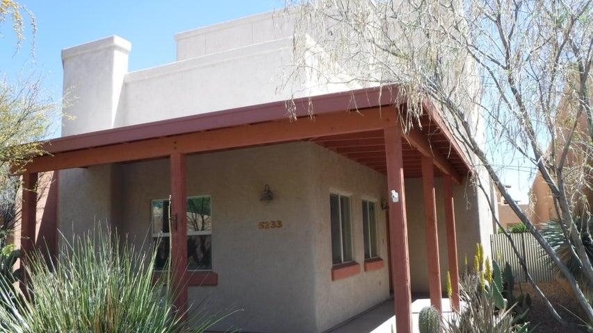 5233 S Civano Boulevard Tucson, AZ 85747