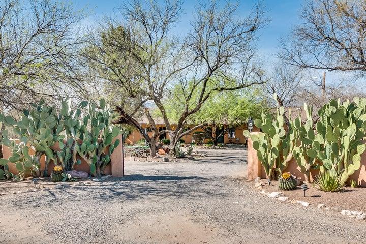 10951 E Linden Street Tucson, AZ 85749