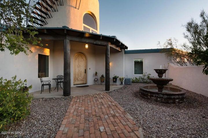 13952 N Oracle Road Tucson, AZ 85739