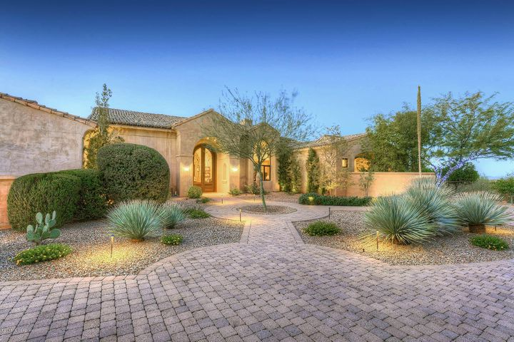 4930 E Winged Foot Drive Tucson, AZ 85718
