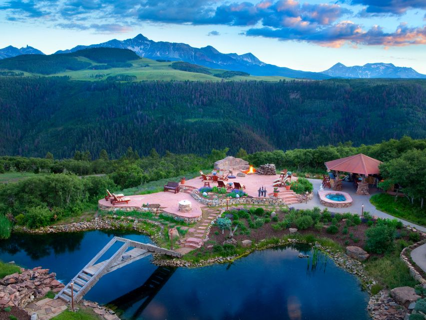 Nhà ở một gia đình vì Bán tại 685 WILSON Way Telluride, Colorado,81435 Hoa Kỳ