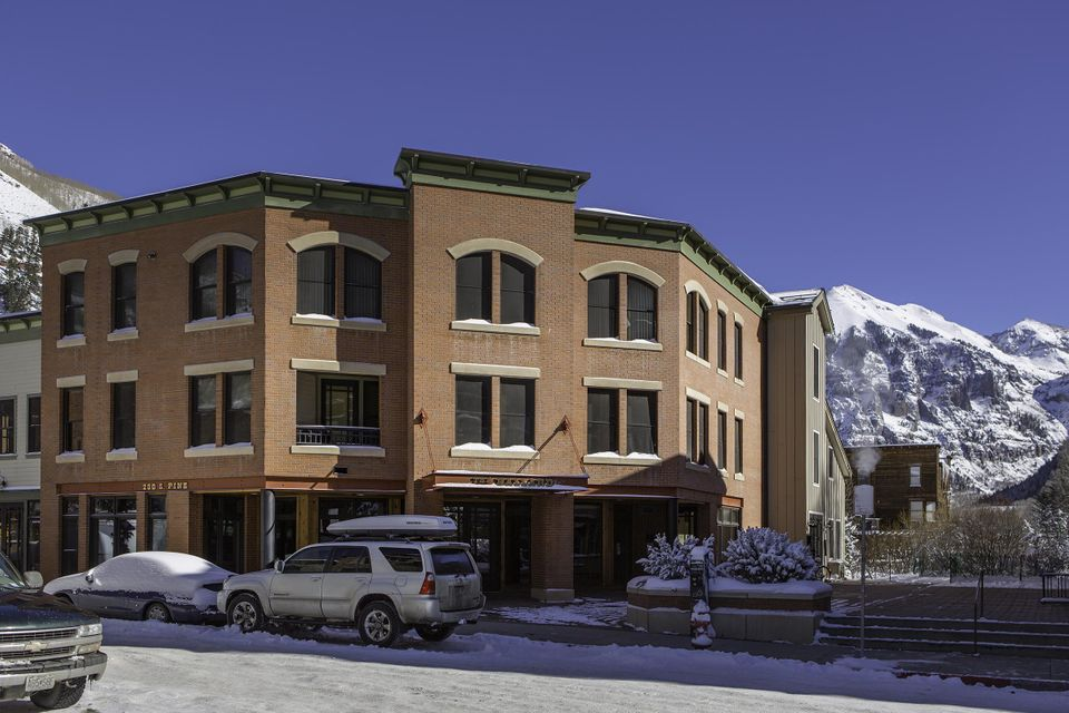 Additional photo for property listing at 230 South Pine Street  Telluride, Colorado,81435 Stati Uniti