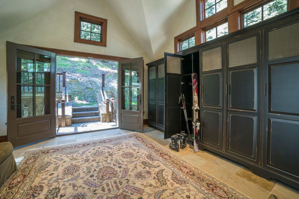 Additional photo for property listing at 128 Victoria Drive 128 Victoria Drive Telluride, Colorado,81435 Estados Unidos