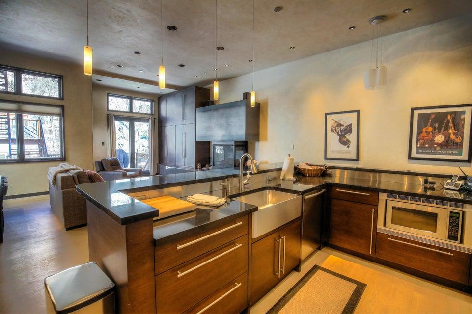 Appartement voor Verkoop een t 327 Colorado Avenue 327 Colorado Avenue Telluride, Colorado,81435 Verenigde Staten